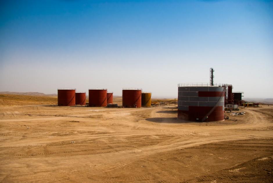 refinery-3